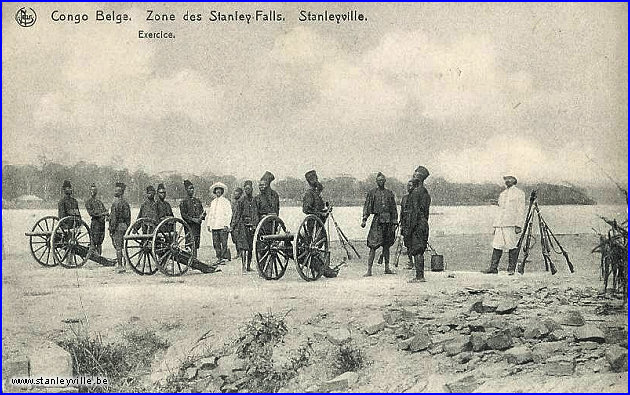 Exercice militaire à Stanleyville